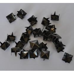 sz.metal ćwieki piramidy 7*7 mm opk.25 szt