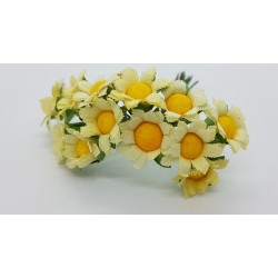 ***kwiatki stokrotki na druciku krem/ pęczek