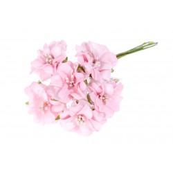 *** bukiet piankowych kwiatów-róż