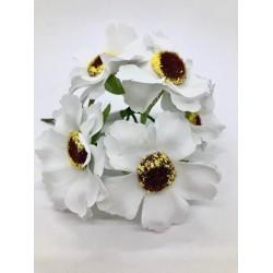 bukiet białych kwiatów/pęczek