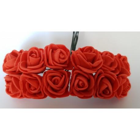 kwiatki z pianki 1,5 cm 12 szt czerwone