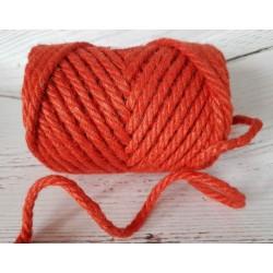 ***sznurek jutowy czerwony gr.0,5 cm 7 m