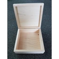 ***drew. pudełko 13,5*13,5*5,5cm,